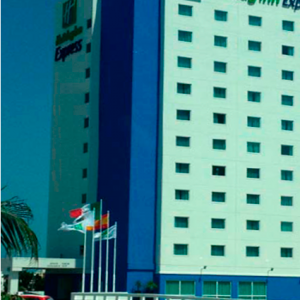 Holiday-Inn-Express-Boca-de-Rio